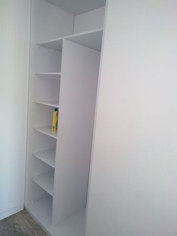 Wnęka szafy pod zabudowę