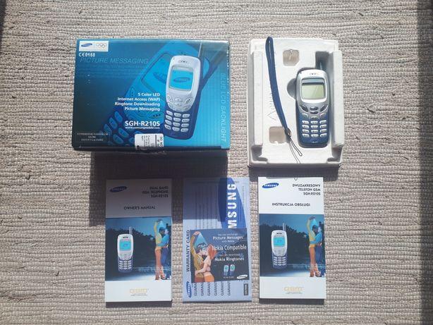 Telefon komórkowy SAMSUNG SGH-R210S