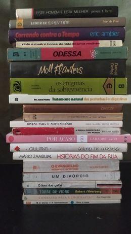 Livros vários e todos por 20 euros