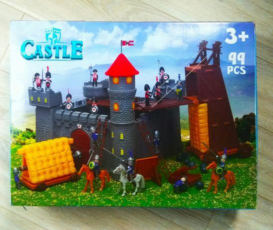 Zamek zabawka stan idealny