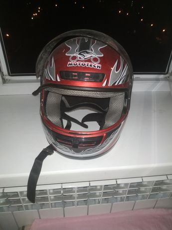 Шлем для мопеда,мотоцикла