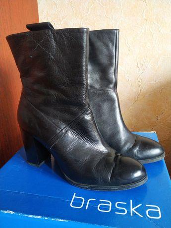 Жіночі шкіряні ботинки