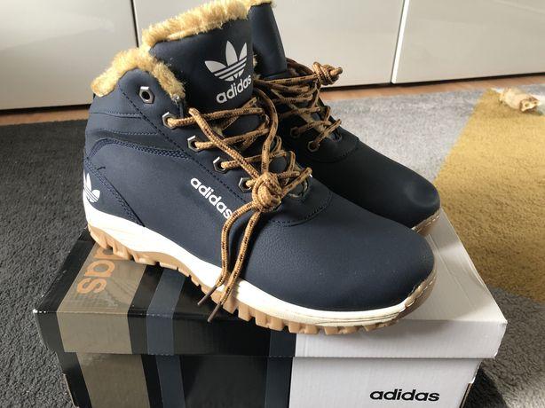 Zimowe buty ocieplane Adidas rozm 42