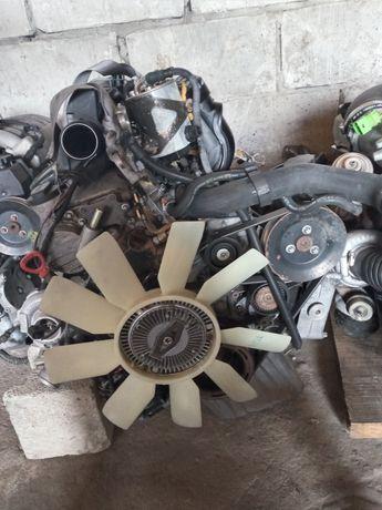 Двигун/мотор Мерседес Спрінтер/Mersedes-Benz Sprinter 2.2 CDI OM 611