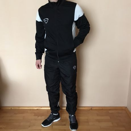 Спортивный Костюм Nike Team Tracksuit Adidas Jordan Puma