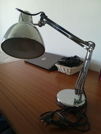 Candeeiro de secretária em inox com braço amovível , altura 30/ 40 cm