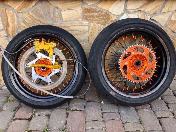 Карбоновые Мотоколесо/ колеса для мотоцикла /мотард /супермото