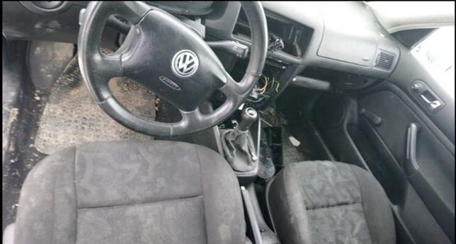 Siedzenia golf 4 3dzwi z airbag