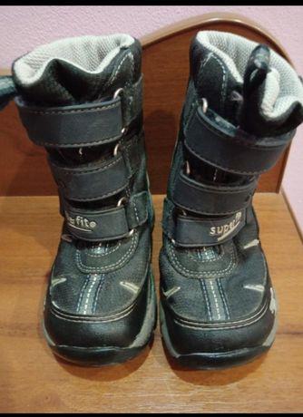 Фірмові чобітки розмір 23