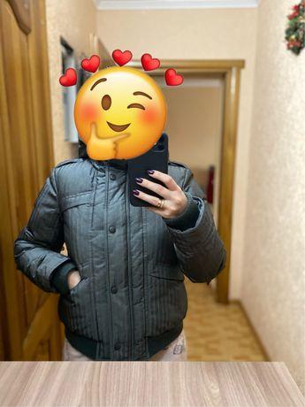 Продам бомбер , куртку Vero Moda