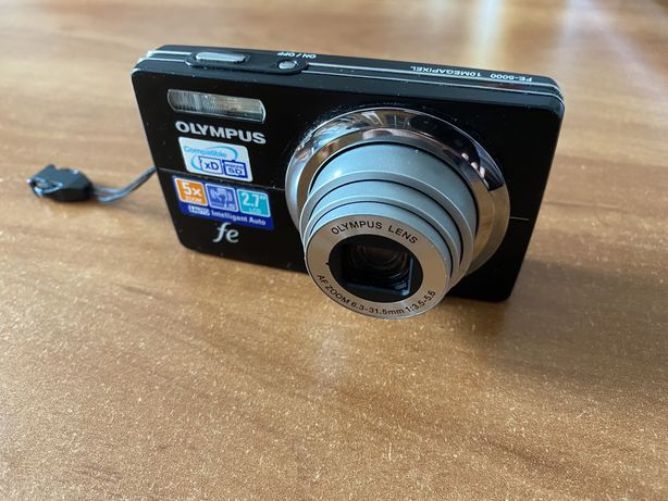 Aparat cyfrowy olympus FE-5000 + gratisy(karta pamięci 4GB, pokrowiec)