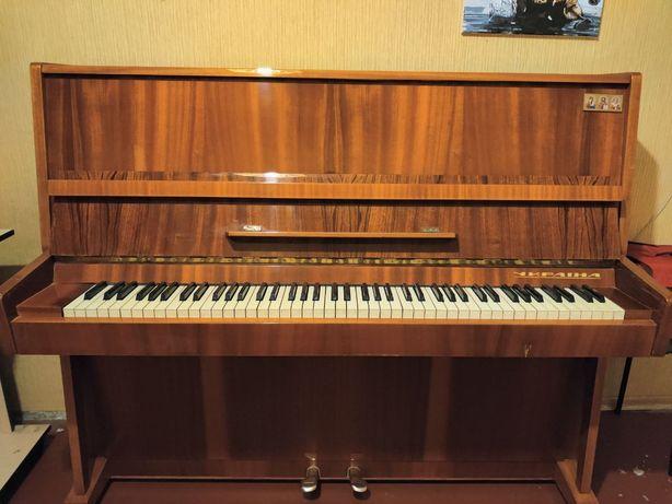 Срочно продам фортепиано/пианино