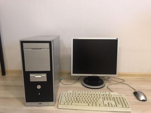 Компьютер, клавиатура, мышь, монитор