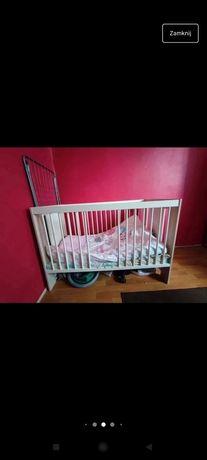 Łóżeczko niemowlęce wraz z pościelą