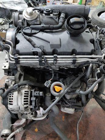 Двигатель 1.9 BXE BKC 77 kw двигун 1.9 77kw мотор Skoda Octavia a5
