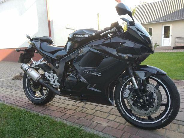 Продам Мотоцикл  Hyosung gt 250R