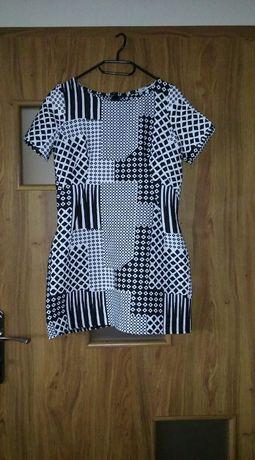Sukienka biało czarna geometryczne wzory aztec boho unikat