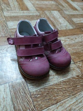 Ботиночки Thomas heel 23 размер