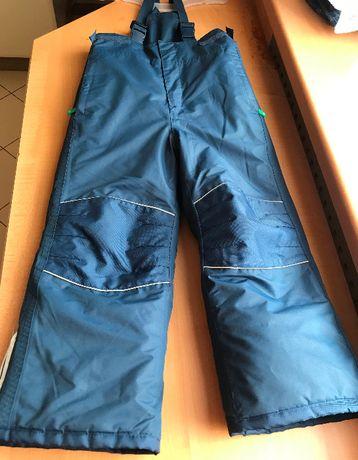 TCHIBO ciepłe spodnie narciarskie r.110/116