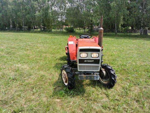 Traktor japoński shibaura 2243 z glebogryzarką napęd 4x4