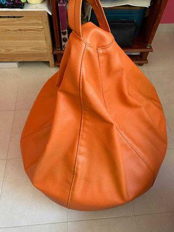 Puff cor de laranja