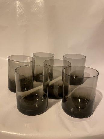 Komplet kolorowych szklanek PRL