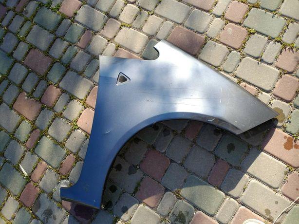 Крыло Mitsubishi Colt 6 Оригинал Митсубиси Кольт 5D