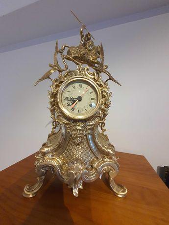 Relógio em bronze