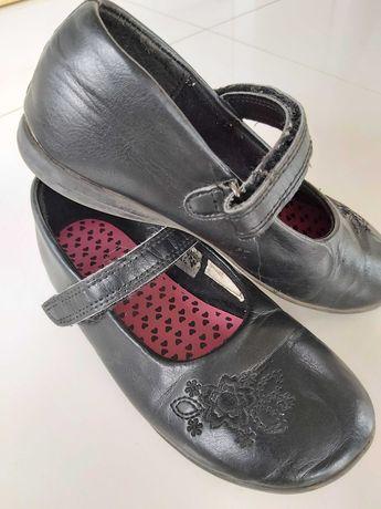 Czarne pantofelki buciki rozm.32. Wysyłka gratis!