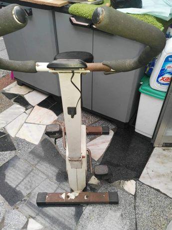 Bicicleta de Manutenção - Usada.