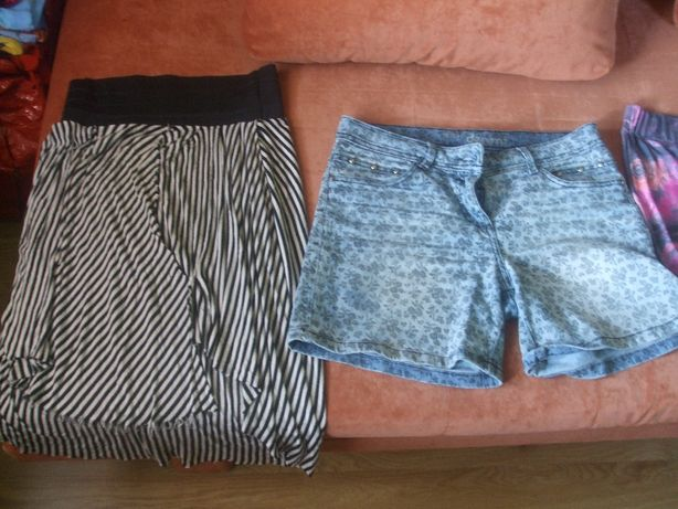 Spodenki-szorty, spódnice-spódniczki, sukienka