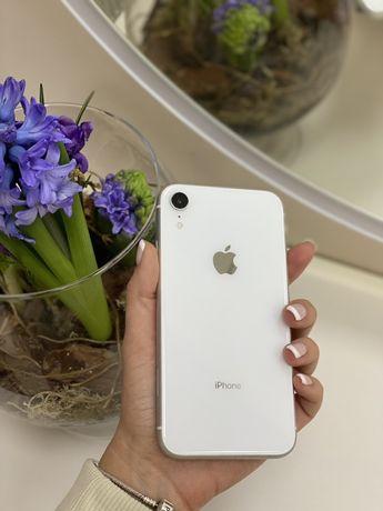 Apple iPhone XR 64GB White. Neverlock. Б/у