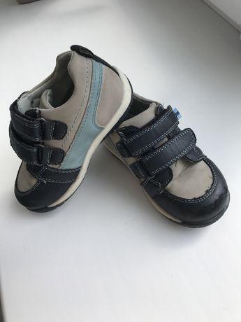 Туфли на липучках на мальчика, 24 размер