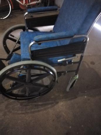 продам інвалідне крісло