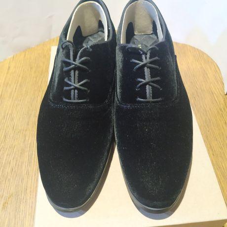 Замшевые туфли Zara man (40размер)