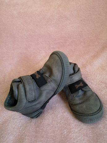 Ботинки кожанные на мальчика по стельке 17 см
