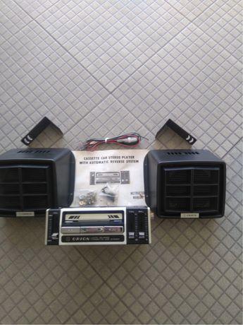 Radio de carro classico (antigo)