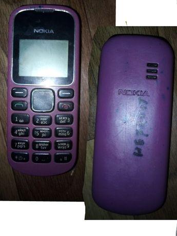 3 телефона Nokia Samsung кнопочный и Samsung сенсорный