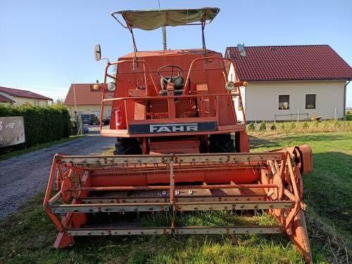 Kombajn zbożowy Fahr m750
