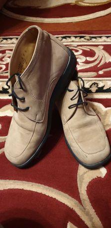Кожаные Демисезонные ботинки нубук 38-39 размер