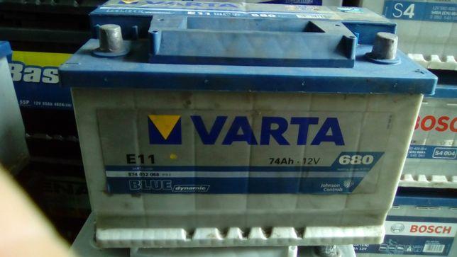 Akumulator Varta 74 680A e11 prawy plus 12V