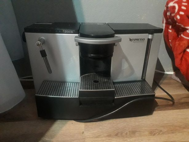 Express do kawy Nespresso