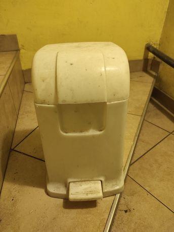 Kosz na śmieci mały biały