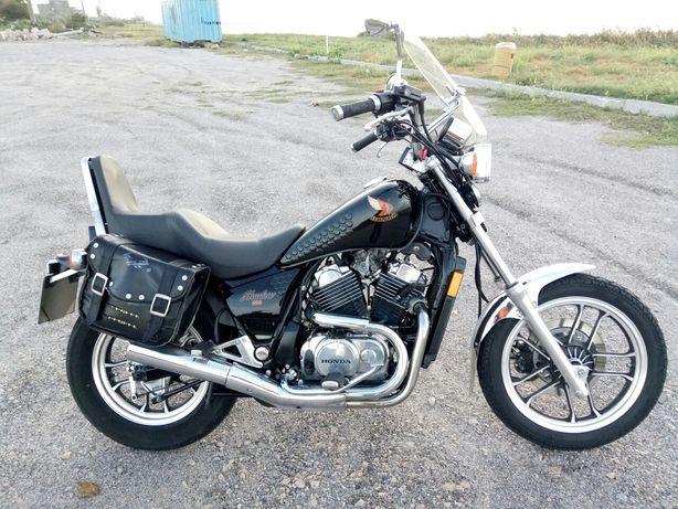 Honda VT500C Shadow