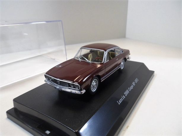 Starline 1/43 Lancia 2000 Coupe-HF 1971