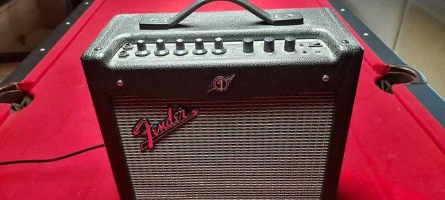 Wzmacniacz gitarowy Fender Mustang v2