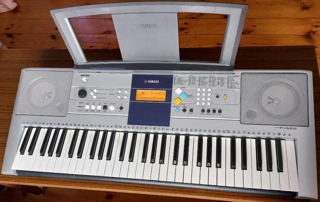 Keyboard Yamaha PSR - E323