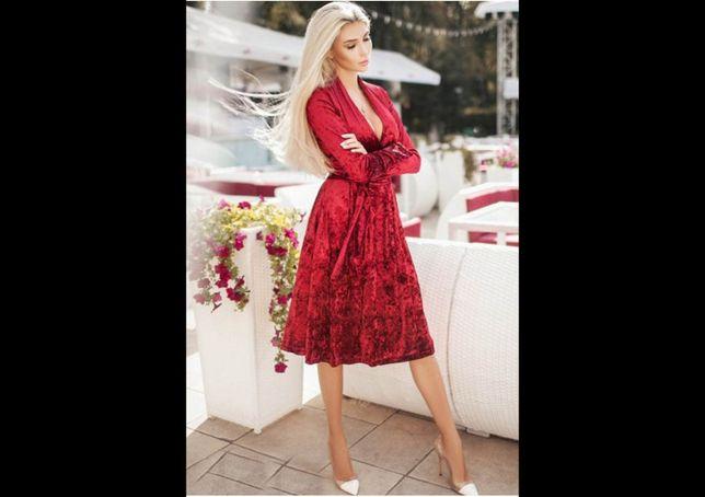 Роскошное велюровое платье модное стильное вечернее