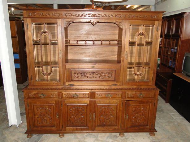 Móvel de sala ou escritório em madeira - Sem marcas de uso