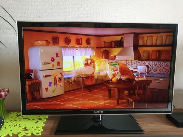 Telewizor LED Samsung 37 cali/ full HD/ dvbt / usb
